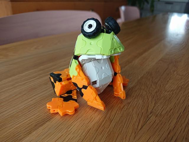 LaQで作ったカエル